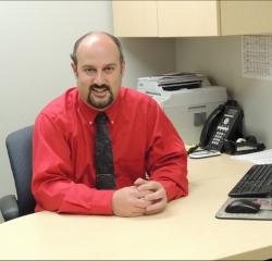 Sales Manager Robert Betts in Management at South Shore Hyundai