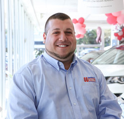 Nissan Sales Consultant Zack Reiss in Sales Team at Sansone Jr's 66 Automall