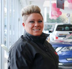 Kia Sales Consultant Audra Stewart in Sales Team at Sansone Jr's 66 Automall