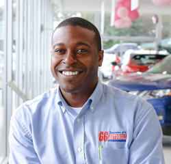 Nissan Sales Consultant Dwayne Parker in Sales Team at Sansone Jr's 66 Automall