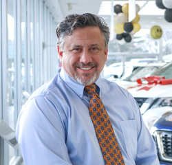 Mitsubishi Sales Consultant Mike Reilly in Sales Team at Sansone Jr's 66 Automall