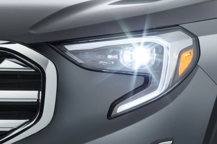 2019 GMC Terrain in St. Louis HID Headlamps with LED Signature Lighting